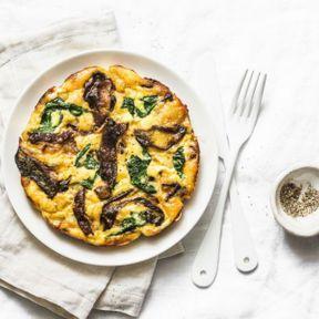 Agrémenter une omelette