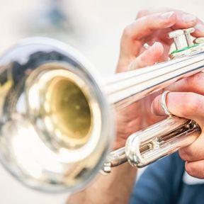 Jouer d'un instrument à vent