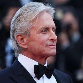 Michael Douglas accuse le cunnilingus d'être à l'origine de son cancer