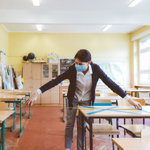 Rentrée et Covid-19 : des enseignants demandent un report d'une semaine