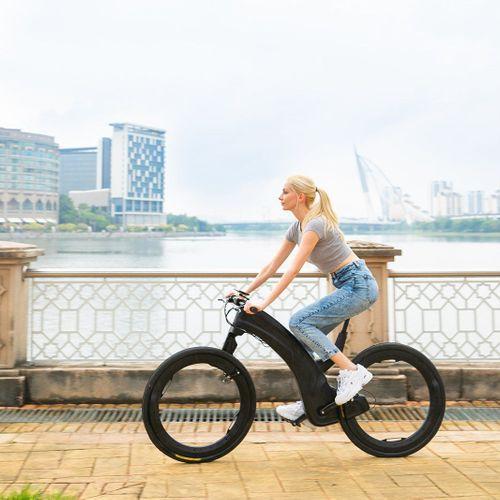 Découvrez l'aspect improbable du vélo de demain, tout droit sorti d'un film de science-fiction