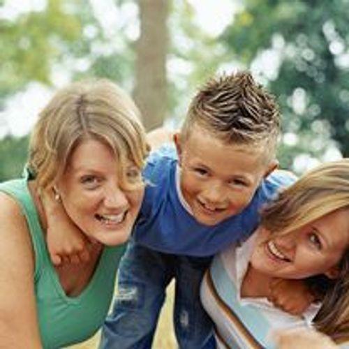 Droit des beaux-parents : une reconnaissance de l'homoparentalité